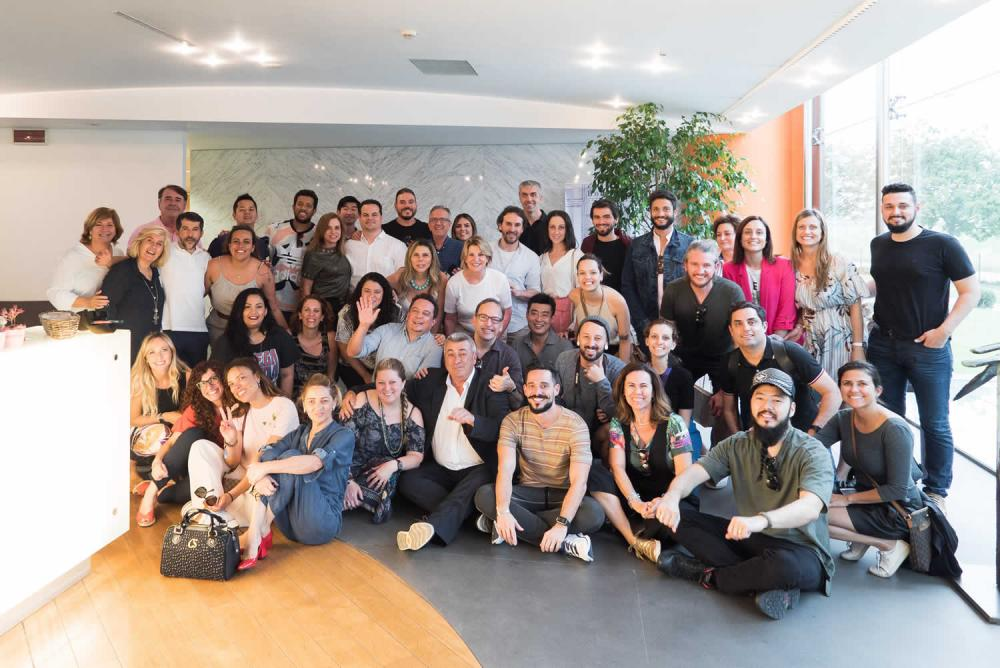Maletti recebe grupo de profissionais no showroom na Itália